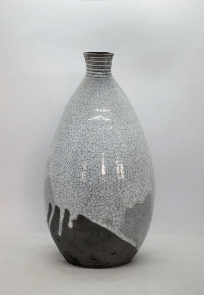 Vase 8