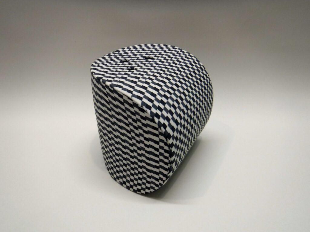 Semi-spheroid 'Bobbling'